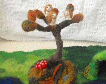 owls in a tree, wee barn owls, dream tree and owls, Waldorf play, pretend play, nature table, play mat, play scape, needle felted owls