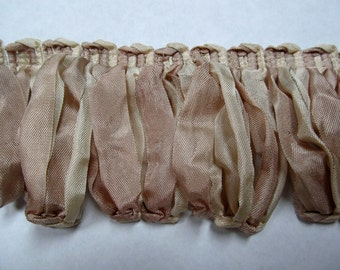 Amazing ribbon Fringe multi in Beige Ivory Champaign