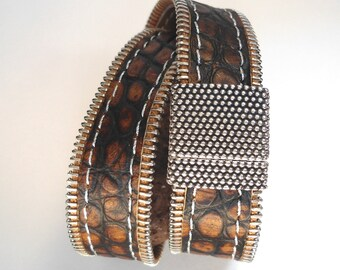 Double wrap stitched leather bracelet : ZIPPLEA