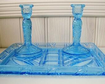 Vanité en verre bleu ensemble pour table de toilette vintage