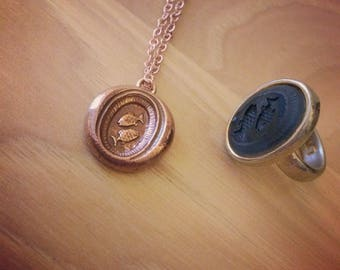 Wax seal pendant Pisces astrological symbol fish