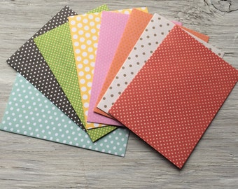 Patterned envelope and note card set set of 8, Size 5 1/4 ix 3 3/4 inches, Polka Dots