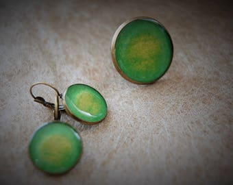 Set of earrings + ring bright green