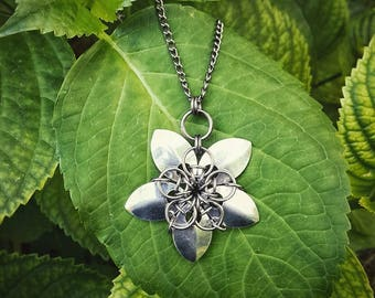 Metallic Scale Lotus Necklace