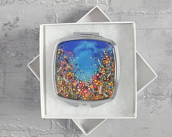 Compact Mirror with Floral Art Design