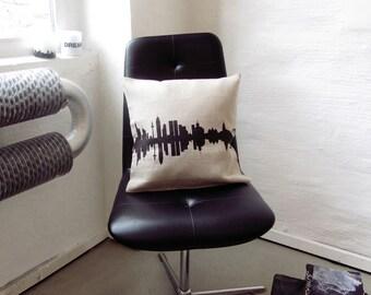 Throw Pillow FRANKFURT, Linen Pillowcase, Frankfurt Linen Cushion Cover, Frankfurt nostalgia, Frankfurt home decor, Frankfurt Gift