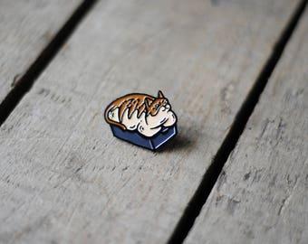 Bread Cat / Enamel Lapel Pin