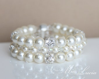 Bridal Bracelet, Ivory Pearl Bridal Bracelet, Pearls, Wedding Bracelet, Wedding Jewelry, For Bride, Bridal Jewelry, Cuff Bracelet, art. b13