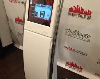 """PORTABLE PHOTO BOOTH - Kiosk With 19"""" Touch Screen - Software Included -"""