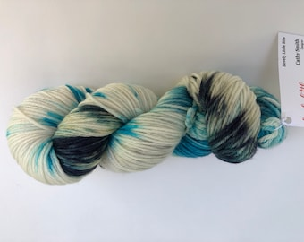 hand dyed yarn -  worsted weight - Variegated Yarn - hand dyed wool - hand dyed wool- indie dyed yarn - Merino worsted wool-Worsted Weight