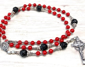 Sterling Silver Rosary, Crown of Thorns, Sorrowful Mysteries, red coral and onyx roses,  Rosary beads  catholic rosary by Rosenkranz-Atelier