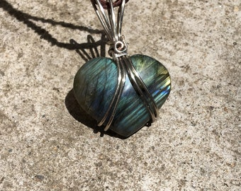 Labradorite heart pendant silver
