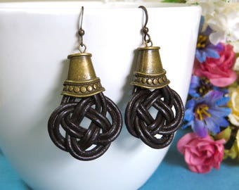 Leather Knotwork Earrings with Bead