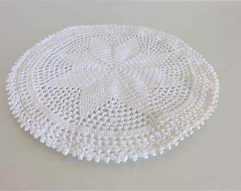 Vintage Round White Crochet Hot Pad Cover   Vintage Crochet Table Linen   Star Pattern Crochet Hot Pad   Mid Century Crochet