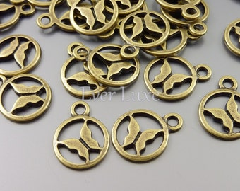 8 Small circle round frame butterfly charms in antique style brass finish for making jewelry / craft supplies AN060-B (AN brass 8 pieces)