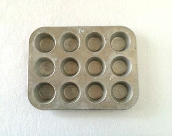 Vintage Mirro Mini Muffin Pan Aluminum Mini Cupcake Pan Miniature