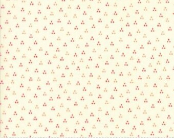Desert Bloom Spring Ivory Geran 37525 11 by Sherri and Chelsi for Moda Fabrics - Quilt, Quilting, Crafts