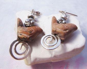 Swirly bird earrings - brown jasper - tweet gift - Birding jewelry - great bird watcher gift animal earring