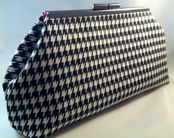 Black and White Houndstooth Clutch