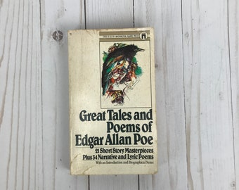 Great Tales and Poems of Edgar Allan Poe - Vintage Paperback Book - Short Stories & Poetry - Tell Tale Heart and More - Poe Anthology Book