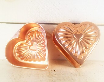 Pair of Small Heart Shaped Matching Copper Jello/Pudding Molds/Farmhouse Kitchen Copper Heart Molds/Shabby Chic Pair Of Heart Baking Molds