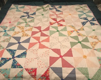 Colorful Triangle Design Quilt