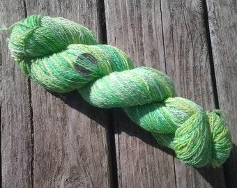RIBBIT RIBBIT, Hand spun, hand dyed, wool yarn