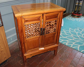 Antique Chinese Small Cabinet / Cupboard, Made Of Hemu Wood. Ming Dynasty  1368u20131644   LOCAL PICKUP ONLY   OTH10072