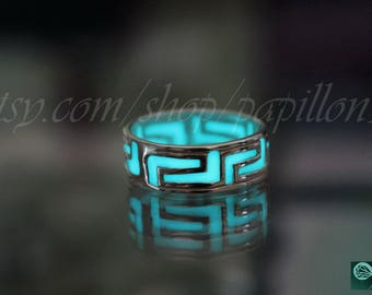 CELTIC ring / Glow Celtic Ring / Celtic Band Ring / GLOW in the DARK / Sterling Silver Ring /