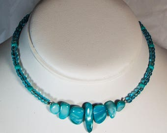 "Cynthia Lynn ""AQUATIC"" Sea Foam Aqua Green Shell and Glass Beaded Choker 12-15 inches"