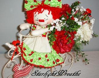 Lady Bug Floral Centerpiece, Annie Lady Bug Centerpiece, Floral Centerpiece, Carnations and Roses