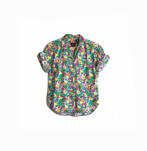 Vintage 90s Floral Print Party Shirt / Floral Short Sleeve Shirt - women's petite