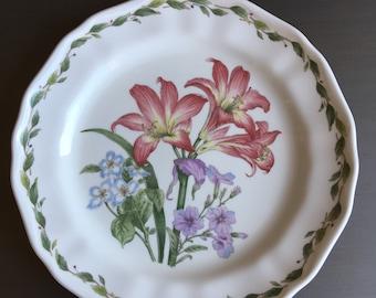 Amaryllis Noritake Gourmet Garden Dinner Plate Vintage China ~ #M1048