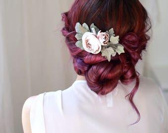 Dusty pink wedding clip, quartz crystal hair clip, blush pink floral hair piece, pale pink headpiece, ranunculus hair accessory, bridal clip