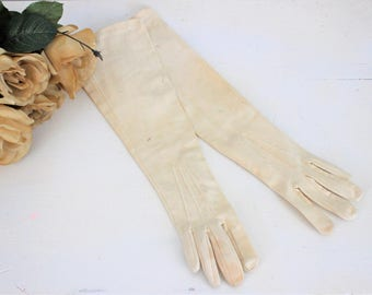Vintage 1950s Ivory Gloves / Elbow Length Gloves Cotton Spring Summer Glove / Church Glove / Wedding Formal Glove