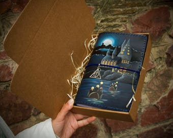Harry Potter Gift - Harry Potter Art - Harry Potter Journal - Travelers Notebook - Hogwarts Express Hand Painted Leather Wide Size Journal