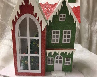Starched Christmas Home