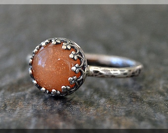 Oregon Sunstone Ring, Sterling Silver Cocktail Ring, Crown Bezel Set Ring, Sunstone Statement Ring, Oregon Sunstone Gemstone Engagement Ring