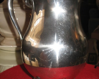 """F. B. Rogers Silver Company Trade Mark 1883 Silver-Plate Water Pitcher, Large Capacity 9""""H x 5.5""""D with Ice Guard - OUTSTANDING Condition!!!"""