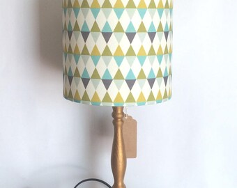 Retro-Vintage Triangles Lampshade lamp