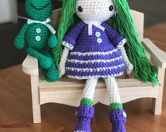 MADE TO ORDER - Naomi and Frank, the frog - Crochet amigurumi doll / gift / toy