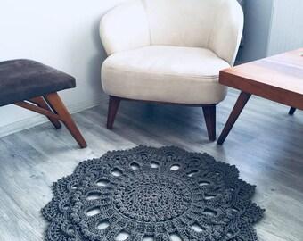 Handmade knitten Rug