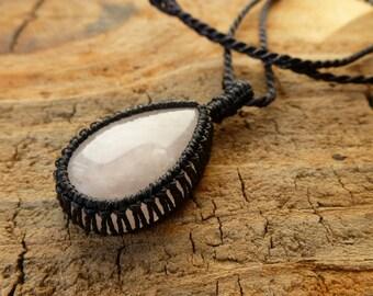 Rose Quartz Necklace / Macramé Necklace / Pink Stone Pendant / Knotty Knotty Macrame