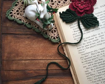 crochet flower bookmark, red flower and dark green leaves, unique book lover gift, ready to ship