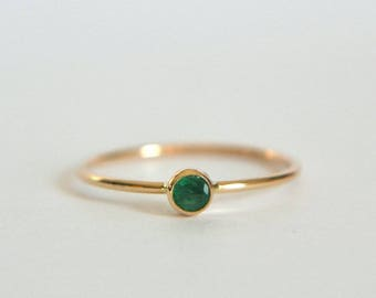 14k Solid Gold Emerald Ring, 14k Gold Emerald Ring, Natural Emerald Ring Gold, Rose Gold Emerald Ring, Dainty Emerald Ring, Stackable Ring