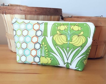 Travel Wash Bag, cosmetic bag, make up  bag, toiletry bag, travel  bag, green
