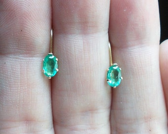 Neon green genuine emeralds solid 14k yellow gold leverback earrings