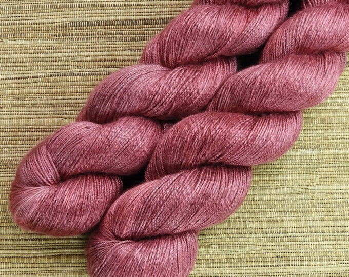 Hand dyed yarn - 100g 100% Silk 4 ply/ fingering weight in 'Rose' - With free cowl pattern