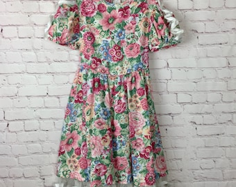 Pink floral and lace dress, 6/7 girls
