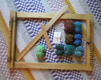 Eco Wooden Peg Loom / Lap Loom / Weaving Loom / Sustainably Harvested Wood / Organic Hand-dyed Wool / Fiber Arts for Children / Tapestry